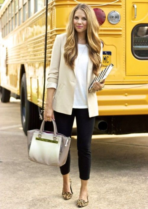 Stylish And Comfy Work Outfits With Flats Beautifulfeed