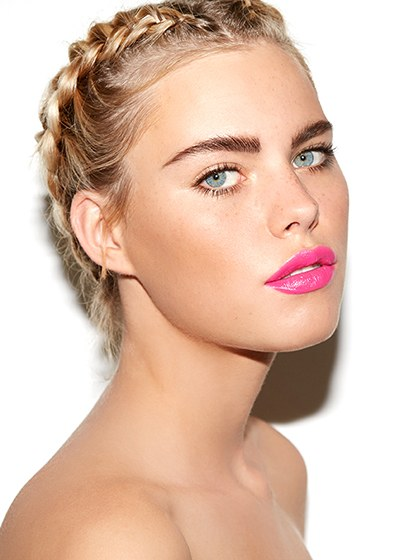 Feathery Lashes And A Hot-pink Lipstick Makeup Beautifulfeed