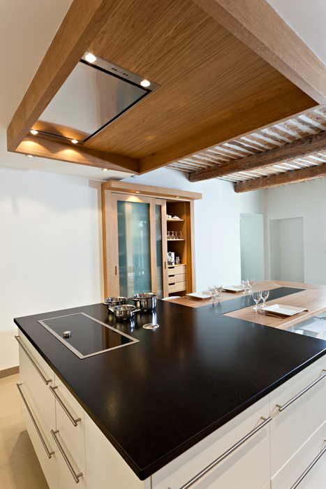 Contemporary Kitchen Cabinet (1)