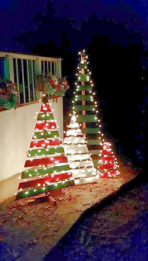 Outdoor Christmas Decorations (49)