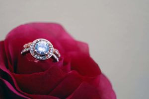 Bewitch Your Bride: 10 Unique Engagement Ring Ideas