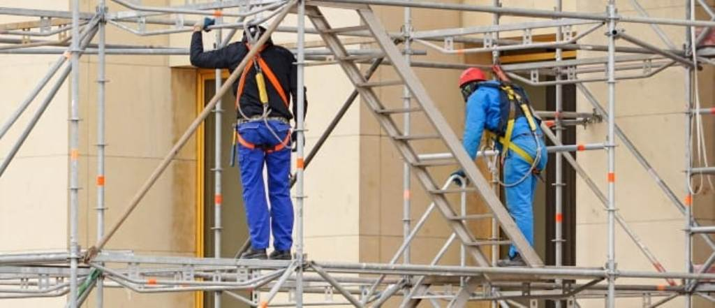 Ensuring Safety When Working Involving a Scaffolding