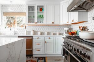 Kitchen Renovations Guide: Hire vs. DIY