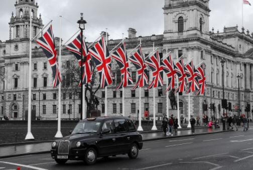 black taxi in london city