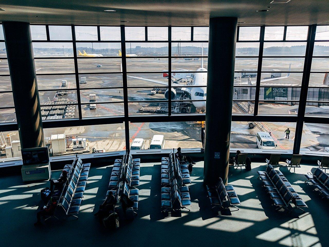 Airport-Tokyo-Hanoi