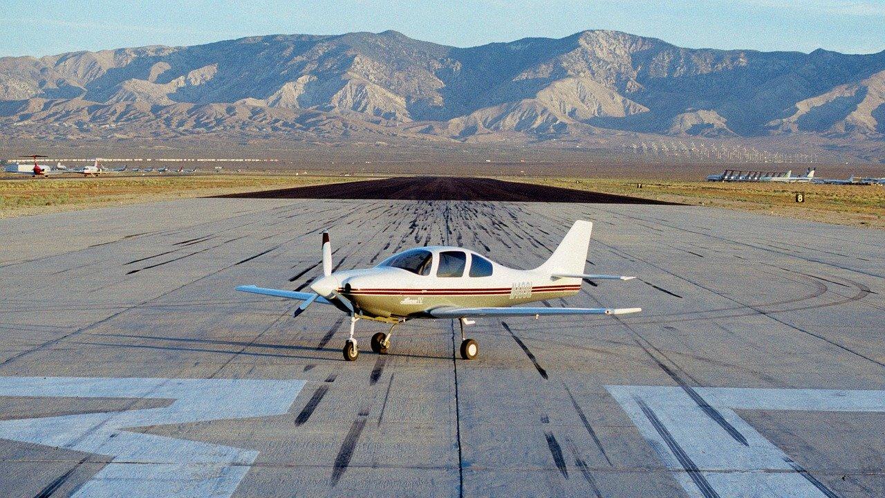 propeller on the runway