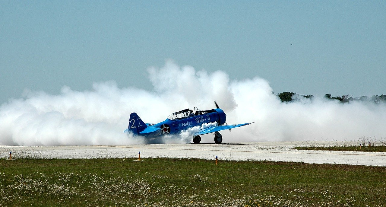 airshow propeller plane