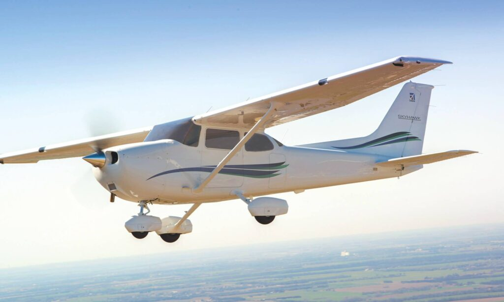 cessna 172 range and more specs.