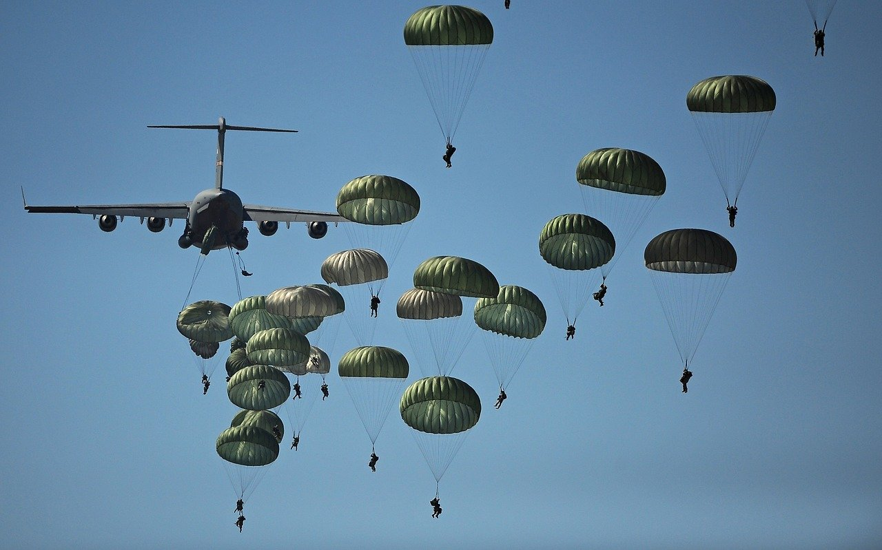parachute training