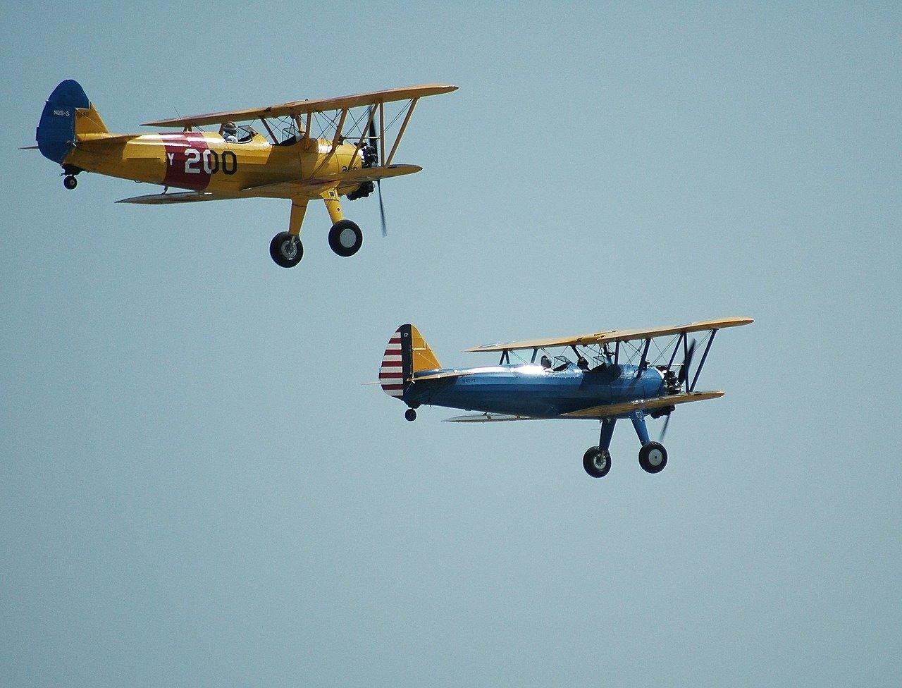 biplanes airshow