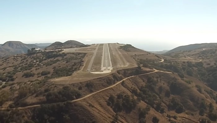 Catalina Airport tabletop runway