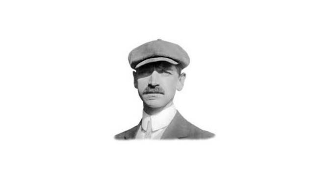 Glenn H Curtiss