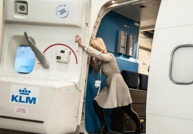 Open Airplane door