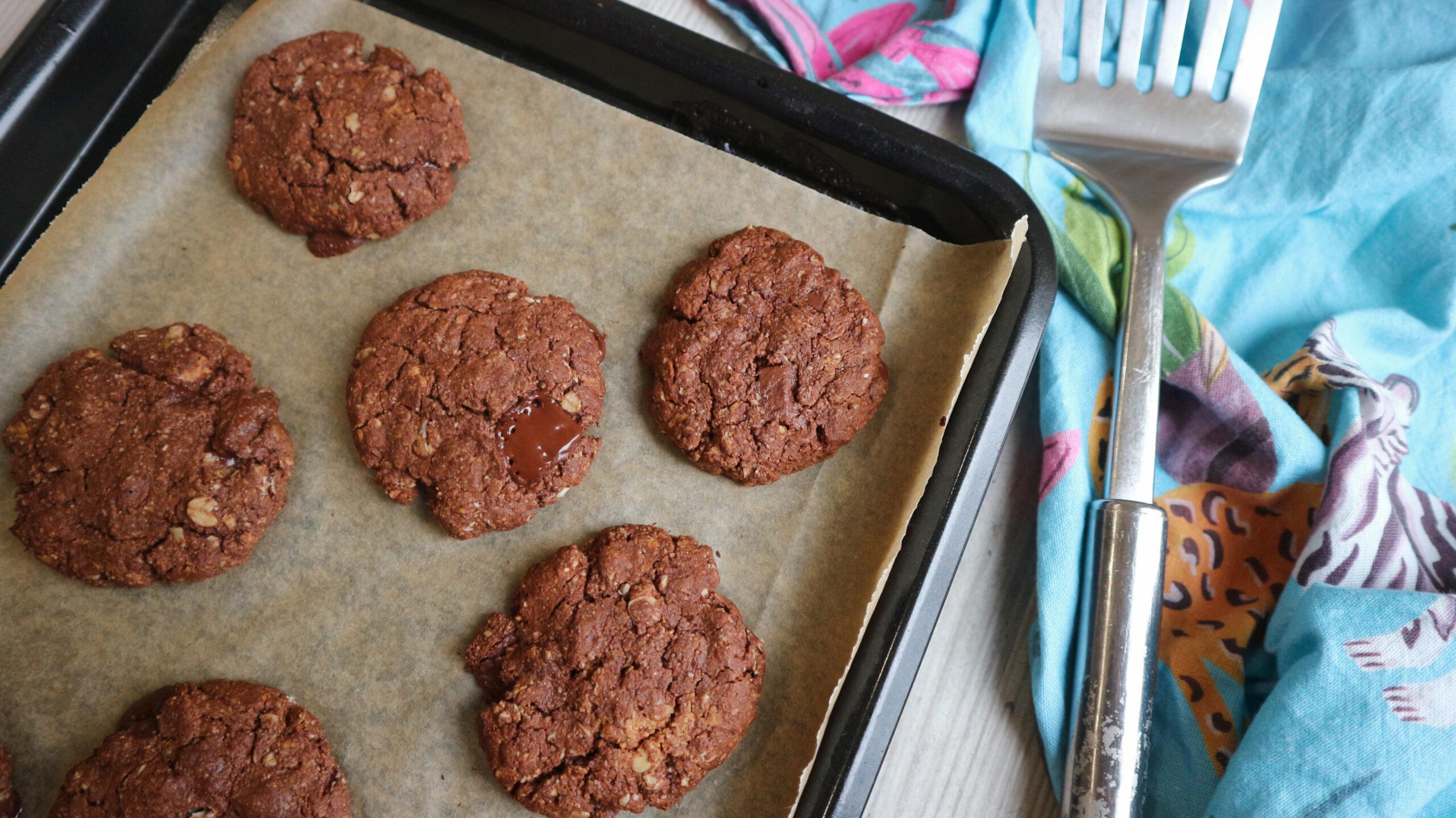 Chocolate Oat Cookies