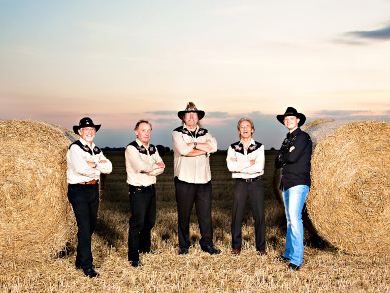Left To Right : Dick Hewitt, JD Read, George Ing, Titch Reeder & Jeff