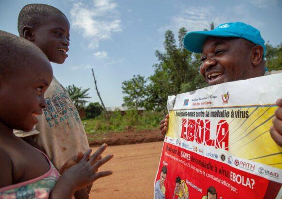 Aide aux victimes d'ebola en RDC