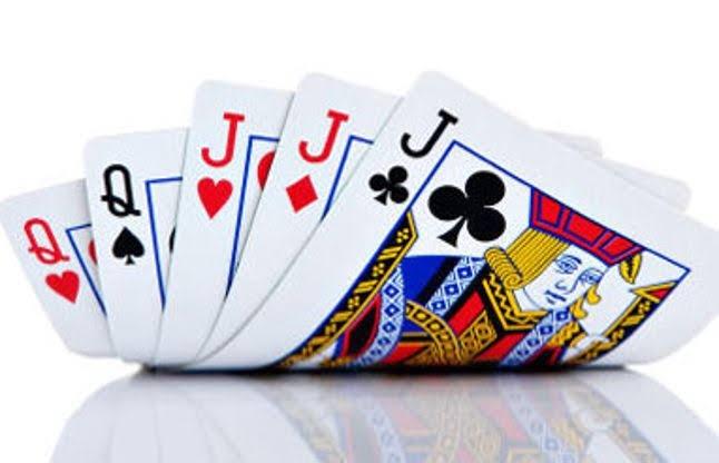 जुगार अड्ड्यावर धाड | ₹3.99 लाखांचा माल जप्त; 6 जणांना अटक