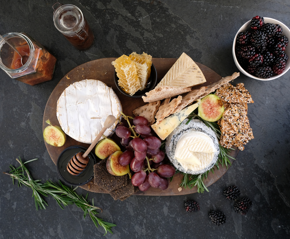 How to create the perfect Christmas cheeseboard