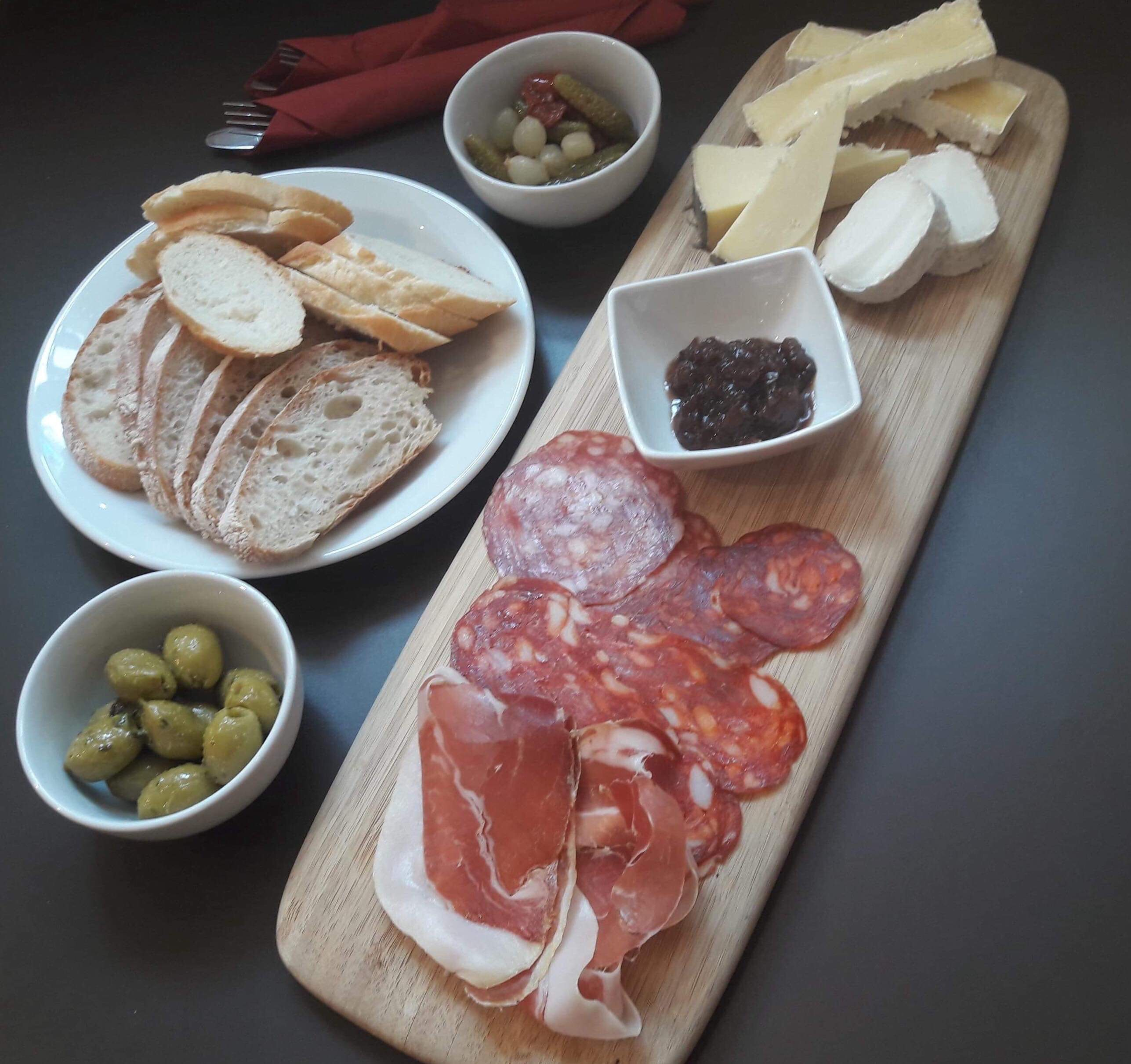 The sharing platter from our Lunch Menu
