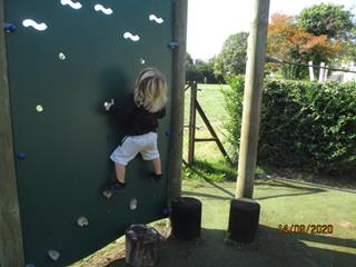 Sunbeams-nursery-climbing