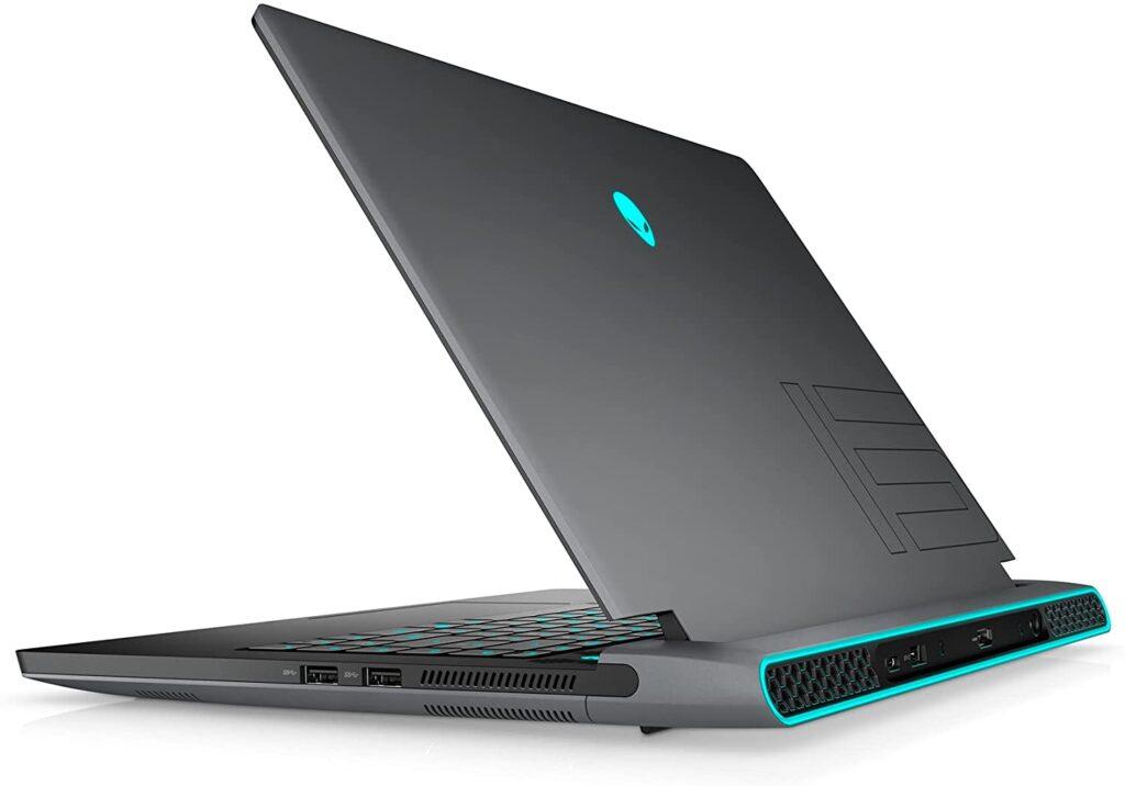 Dell Alienware m15 R6 2021 side view