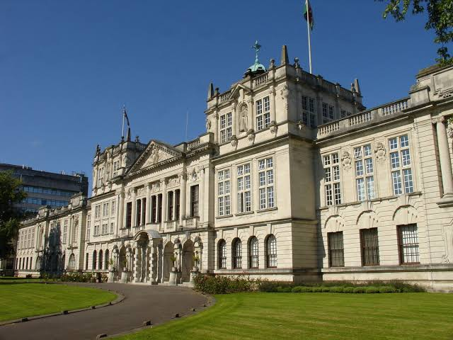 Top 5 universities in the UK for Business Study – Update 2020