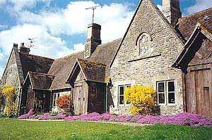 Alms Houses - Eastleach
