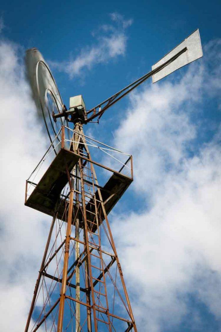 Locombe Hill windmill - Eastleach
