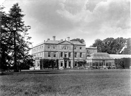 williamstrip house - eastleach