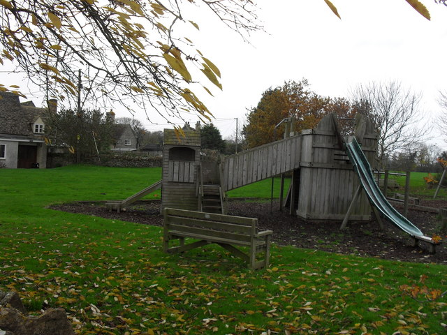 Childrens_play_equipment_in_Eastleach_Turville_-_geograph_org_uk_-_1633653