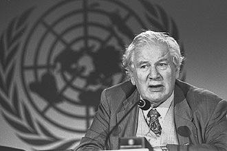 Peter Ustinov - UNICEF , Eastleach
