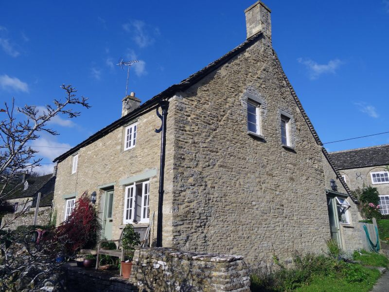 45 A Grade II Listed Building in Eastleach Martin, Gloucestershire