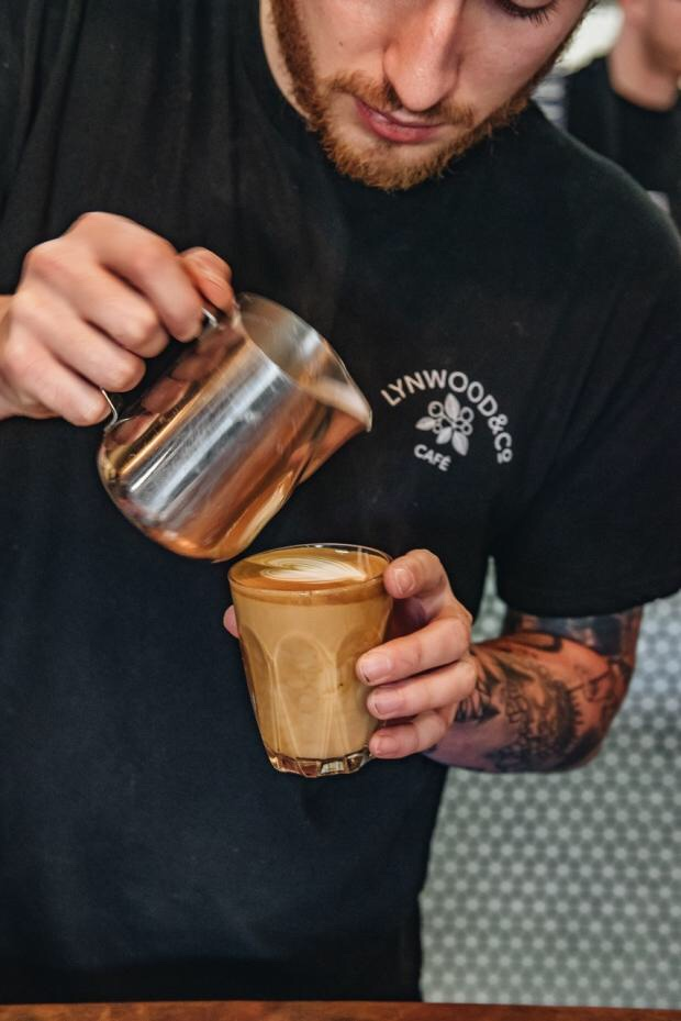 AN AUSTRALIAN couple are celebrating five years of running their successful coffee shop chain, with two of the stores in Oxfordshire.Kats and Rob Broadbent initially moved to the UK in 2012, but returned in 2014.The pair opened the first Lynwood & Co cafe in Lechlade, Gloucestershire five years ago.