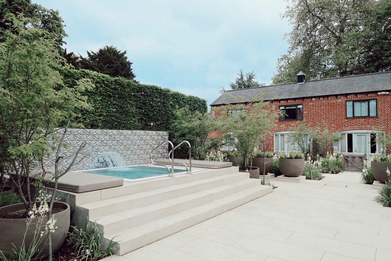 Best weekend getaway in the UK - Sopwell House - Launeden