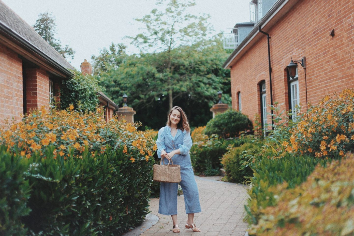 Why I love wearing jumpsuits - Launeden