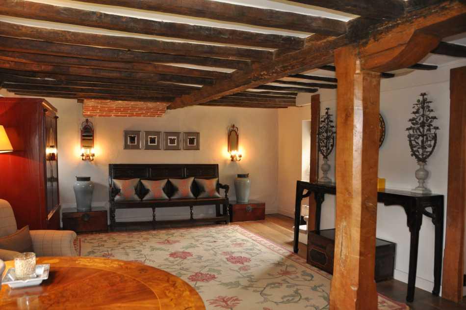 Beamed oak drawing room