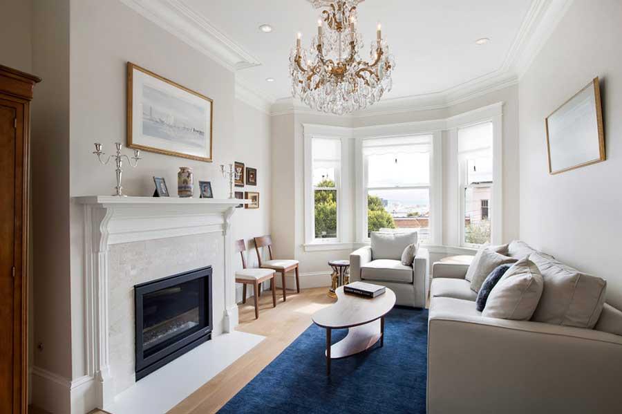 chandelier-blue-rug-white-duboce