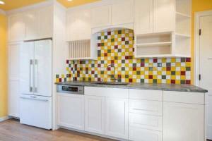 backsplash-white-cabinetry