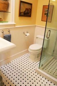 bathroom-black-white-tile-ri