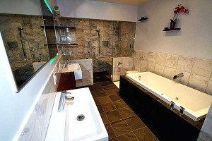 brown-tile-bathroom