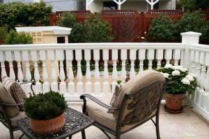 deck-white