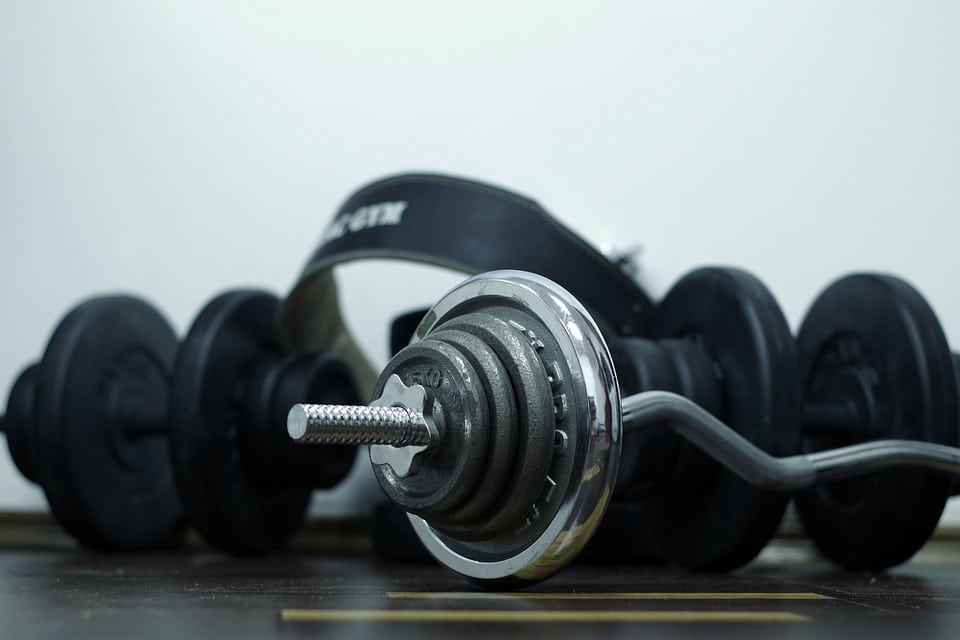 The Secret To Losing Fat And Building Muscle (Simultaneously)