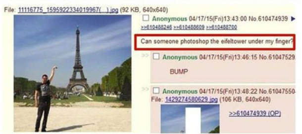 Турист в Парижі зробив невдале фото: хотів, щоб це було ніби він торкається рукою вершини Ейфелевої вежі, але фотограф не зрозумів задуму...