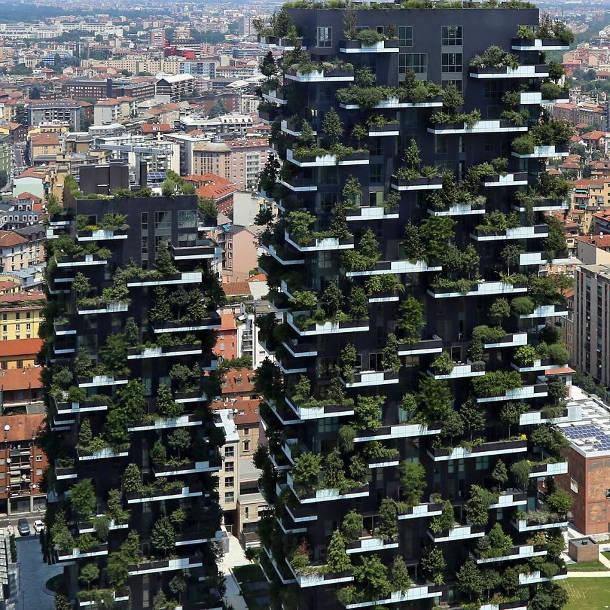 Еко-будинок  в Мілані (Італія), де на балконах ростуть дерева