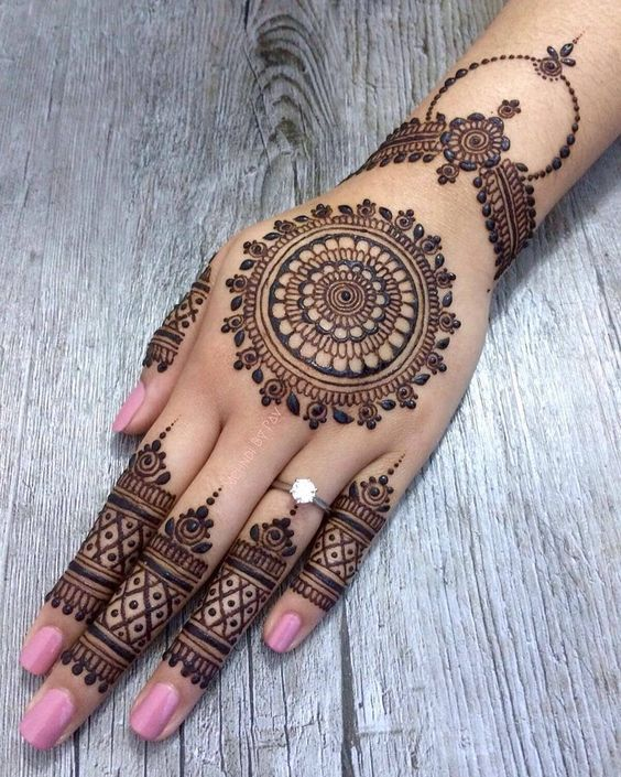 Mandala Arabic Mehndi Design