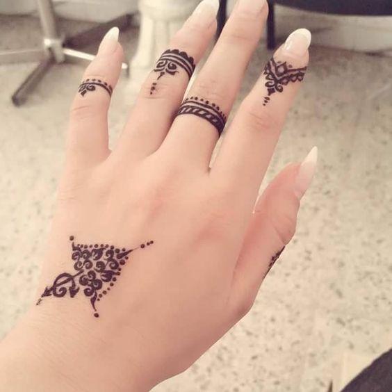 Party Style Arabic Henna Design