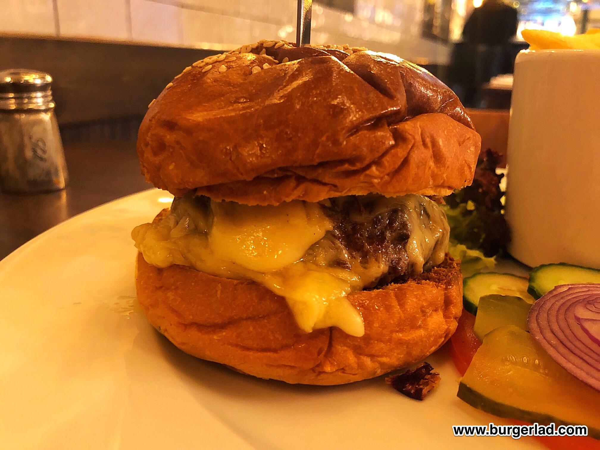 Randall's Prime Beef Burger