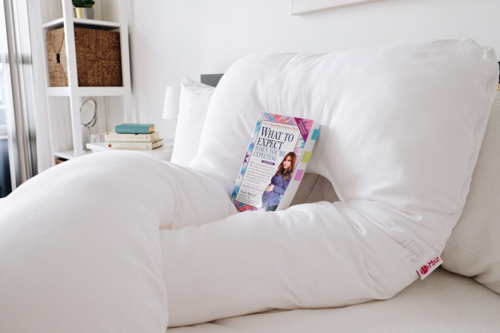 6 Top Pregnancy Essentials (for Every Trimester)  - meiz pregnancy pillow