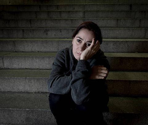 Burri me tradhetoj me shoqen time , Un e tradhetoj me nje djal nga Kosova ket e bera pasi burri ma thej zemren time dhe
