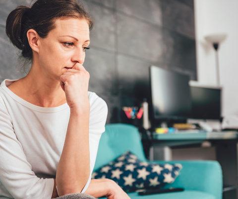 Pas 3 jave qe linda vajzen burri me la per tjeter femer , Ku ka mbet ndergjegja prinderore un nuk vuaj per gjera financiare por